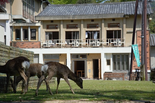 Mountain Home Lodge in Deer Park