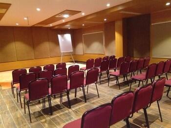 Rathna Residency Erode Deals & Reviews (Tiruchengode, IND