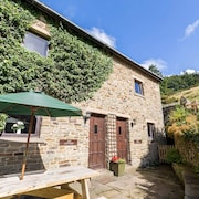 Fantastischer Panoramablick, Schönes Peak District Cottage mit Innenpool