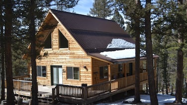 Rustic Mountain Cabin Located Near Prime Fishing, Hunting and ATV Trails