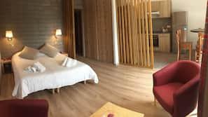1 chambre, lits bébé (en supplément), Wi-Fi gratuit, draps fournis