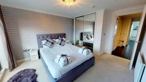 3 bedrooms, premium bedding, Select Comfort beds, individually decorated