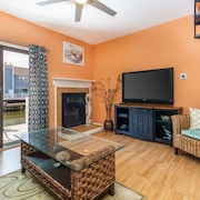 Colorful & Cozy Waterfront Townhome w/ Three Balconies - Walk to the Beach!