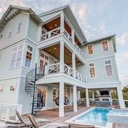 30 Yards to Beach! New Build! Lakefront Private Pool! Free Golf Cart! Sandcastle by the Sea on 30A