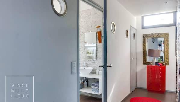4 chambres, bureau, fer et planche à repasser, Wi-Fi