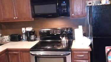 Two Bedroom one Bath Less Than 10 Minutes From Tallahassee International Airport