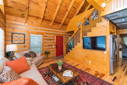 Big Boulder Cabin in RRG