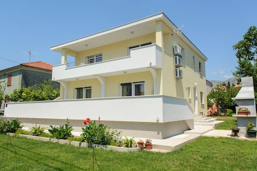 Apartment Center Trogir 1