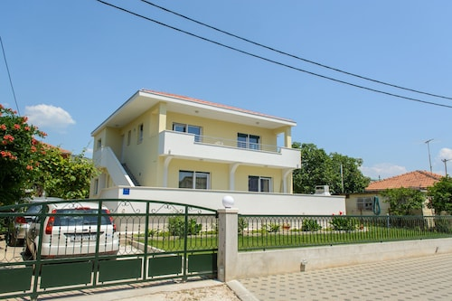 Apartment Center Trogir 2