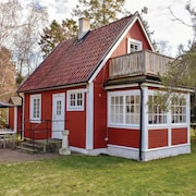 2 Bedroom Accommodation in Höllviken