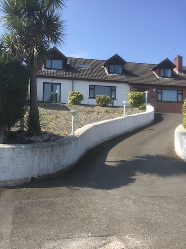 Fineview Apartment With Views Over Looking Belfast Lough
