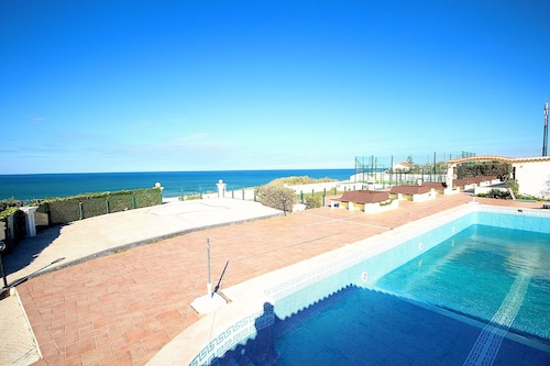 Lupicia Blue Apartment, Wifi, Terrace, Pool