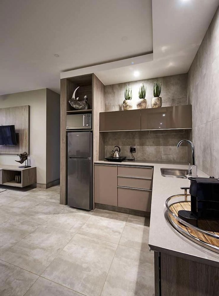Private Kitchen, The Reserve Residence