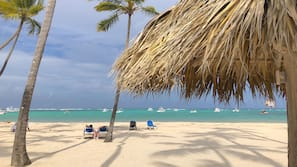 Private beach nearby, white sand, 2 beach bars