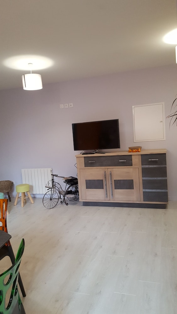 Living Room, Very Nice new Apartment on the Ground Floor With Terrace, Tastefully Decorated