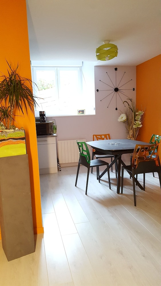 , Very Nice new Apartment on the Ground Floor With Terrace, Tastefully Decorated