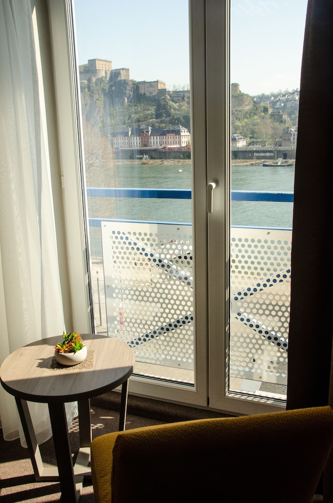 Water view, Hotel Morjan