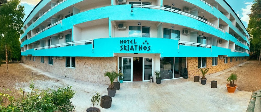 Front of Property, Hotel Skiathos