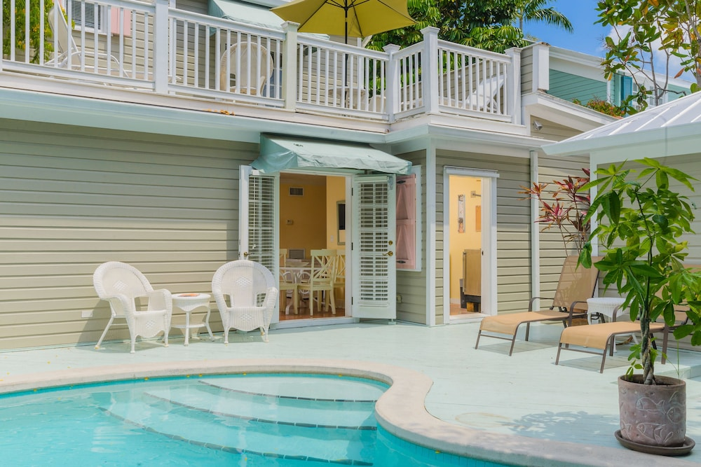 Outdoor Pool, Key West Villas