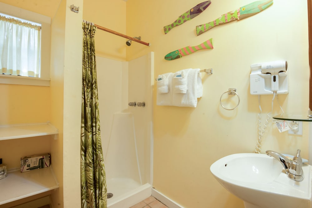 Bathroom, Key West Villas
