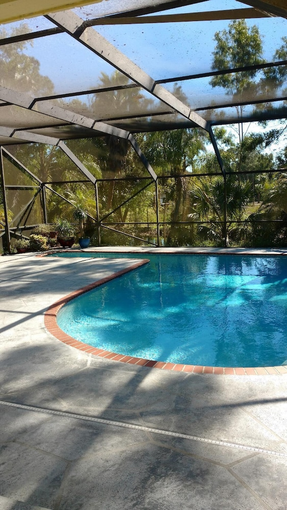 Pool, Florida Studio Retreat