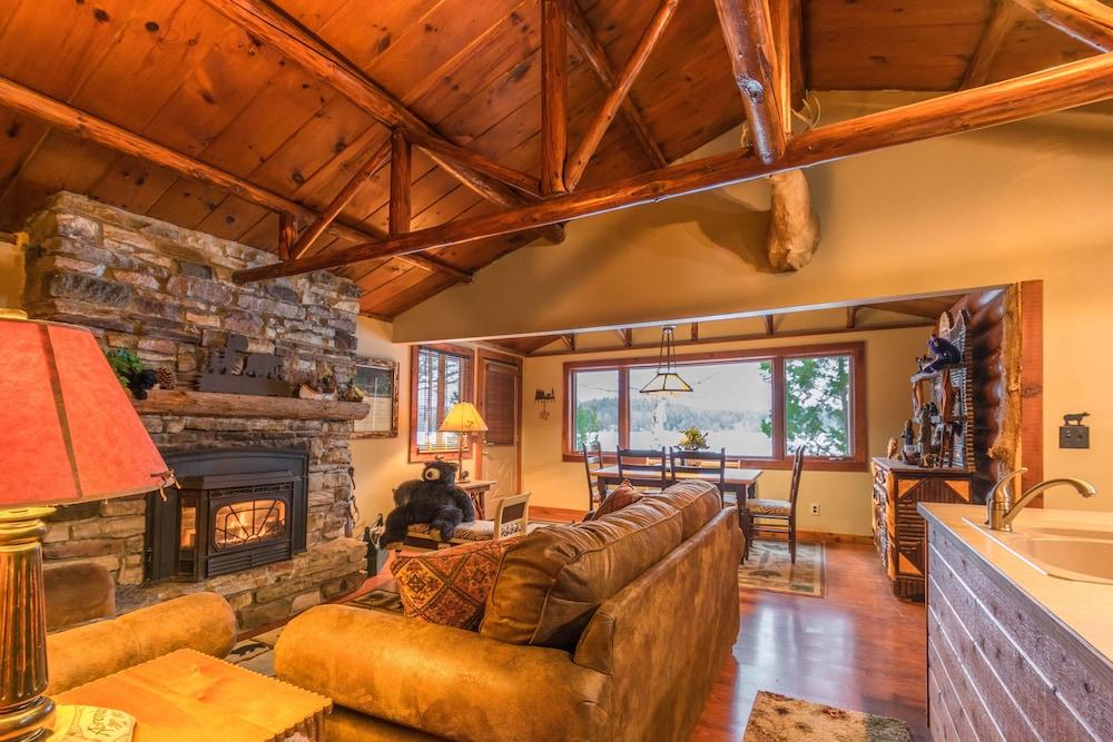 Prime Lakefront Bear Cabin On Lake Colby In Saranac Lake Rent 1 Home Interior And Landscaping Mentranervesignezvosmurscom