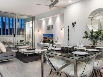 Chic 2 Bed With Views Darlinghurst Tt407