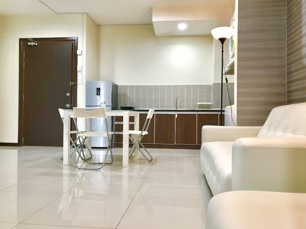Living Room, Fully Furnished 1 Bedroom Apartment Comes With hot Bathtub