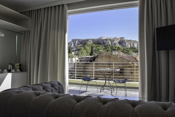 Swell 24K Athena Suites Athens 2020 Room Prices Reviews Creativecarmelina Interior Chair Design Creativecarmelinacom