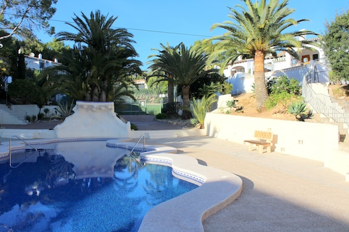 Bungalow With Communal Pool & Tennis Courts in Moraira