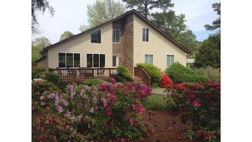 Lakefront Home on Lake Murray - Located Close to Irmo and Columbia!!