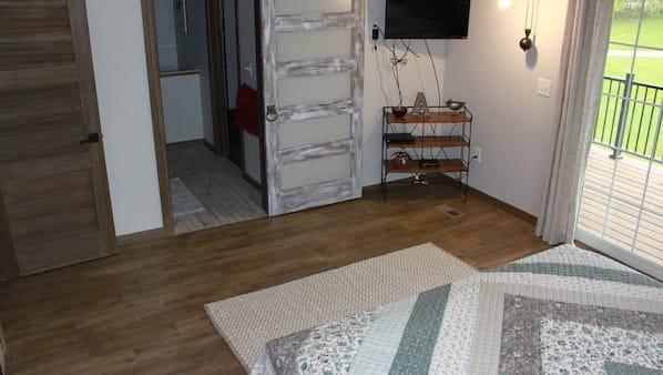 4 bedrooms, Internet, linens