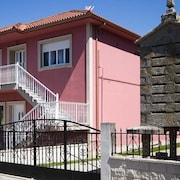 House - 4 Bedrooms With Wifi - 107693