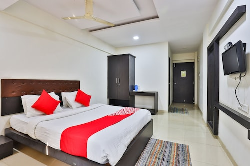 OYO Rooms Daman Deals 2018: Compare & Save From $17