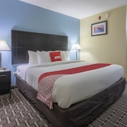 OYO Hotel Knoxville TN Cedar Bluff I-40