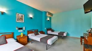 Värdeförvaringsskåp på rummet, skrivbord, gratis wi-fi och sängkläder