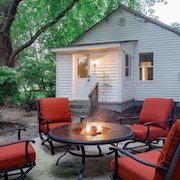 Charming 2BR Guest Suite800 Private Entrypatioprime Locationfamily Fun
