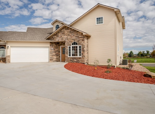 Newly Built Family Lodging in Montrose, Colorado