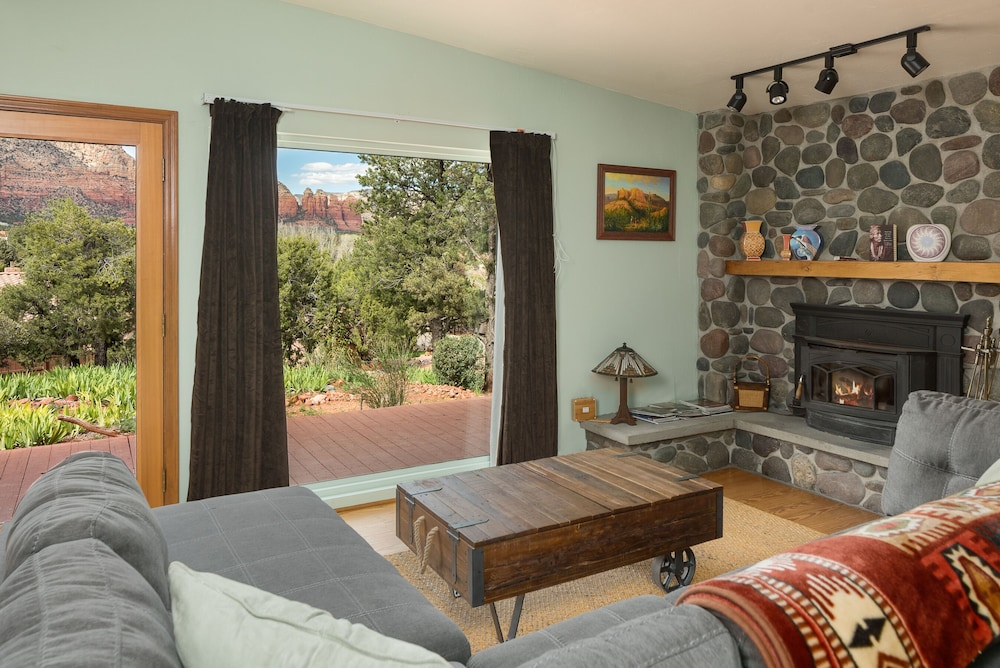 Swell Views Private House Hot Tub Hiking Fireplace Art Beutiful Home Inspiration Cosmmahrainfo