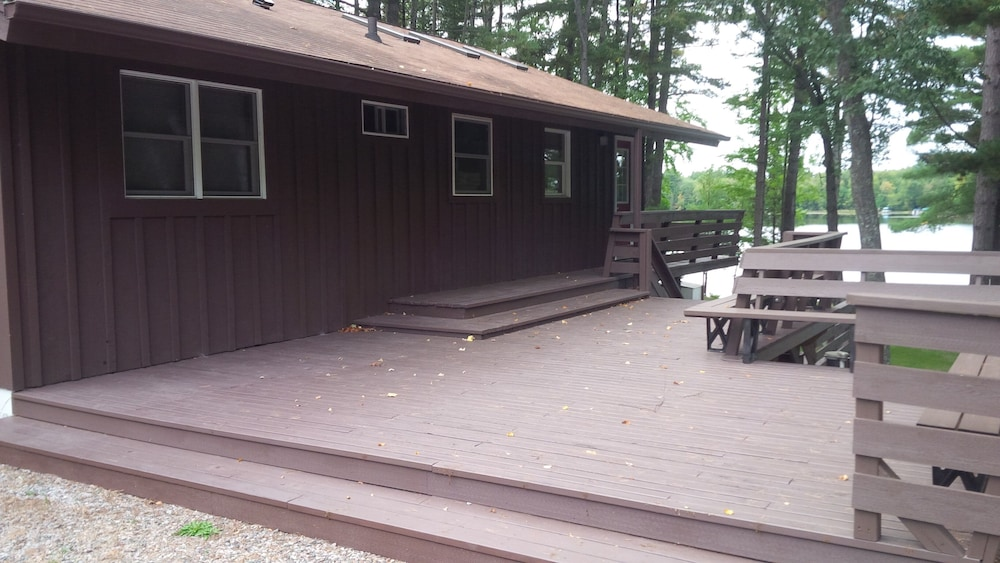 Terrace/Patio, Mike's Five Bedroom Chalet on Eagle River Chain
