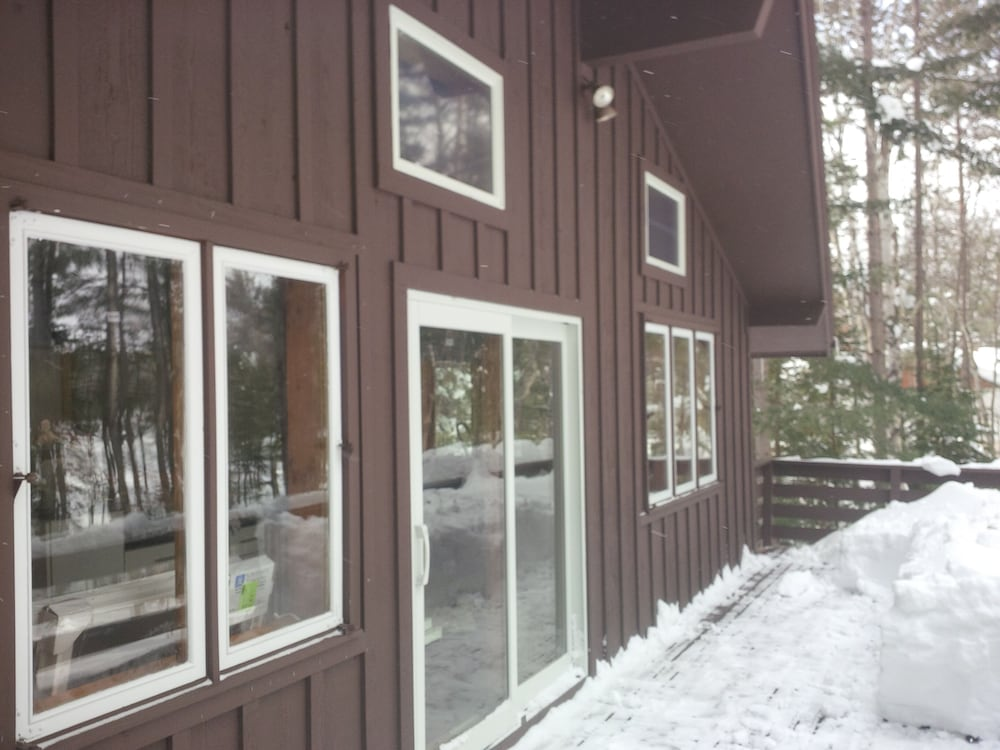 Exterior, Mike's Five Bedroom Chalet on Eagle River Chain