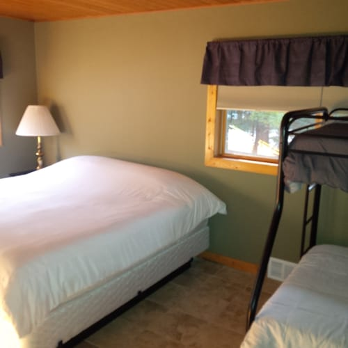 Room, Mike's Five Bedroom Chalet on Eagle River Chain