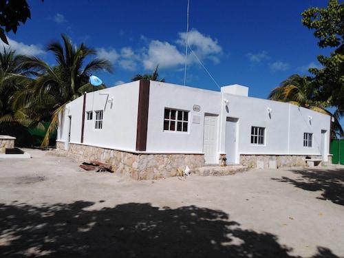 Hotels near Dzibilchaltún in Mérida from £95 | ebookers com