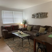 Clean, Cozy and Convenient Eastside Apartment in an Excellent Neighborhood!