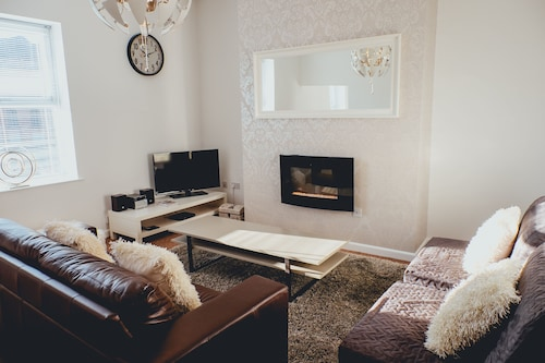 The Penthouse - Simple2let Serviced Apartments