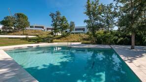 Inomhuspool och uppvärmd pool
