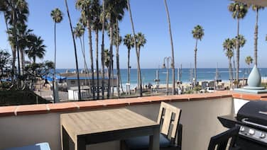 SAN Clemente Beach Front AT THE Pier