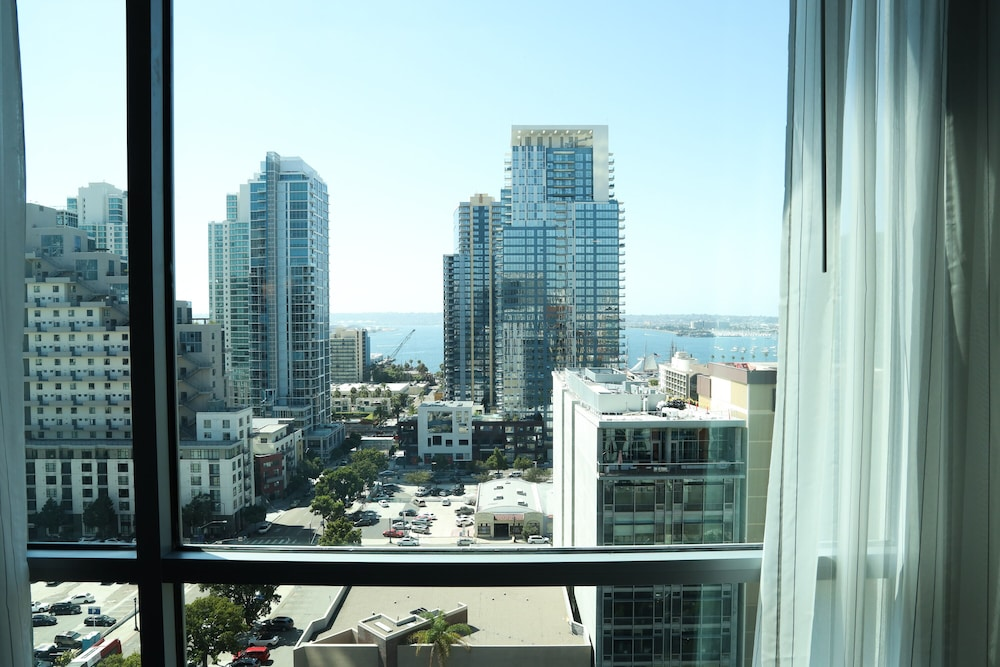 View from Room, Carte Hotel San Diego Downtown, Curio Collection by Hilton