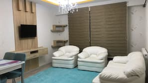 Blackout drapes, iron/ironing board, bed sheets, wheelchair access