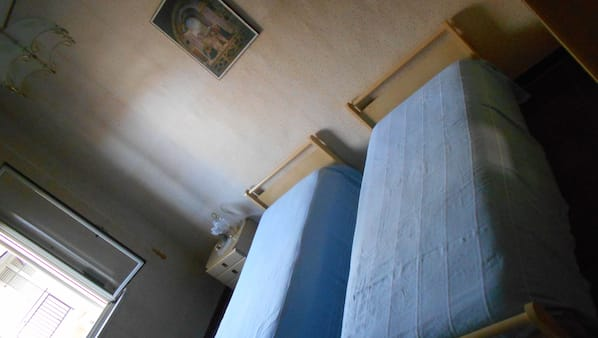 3 camere